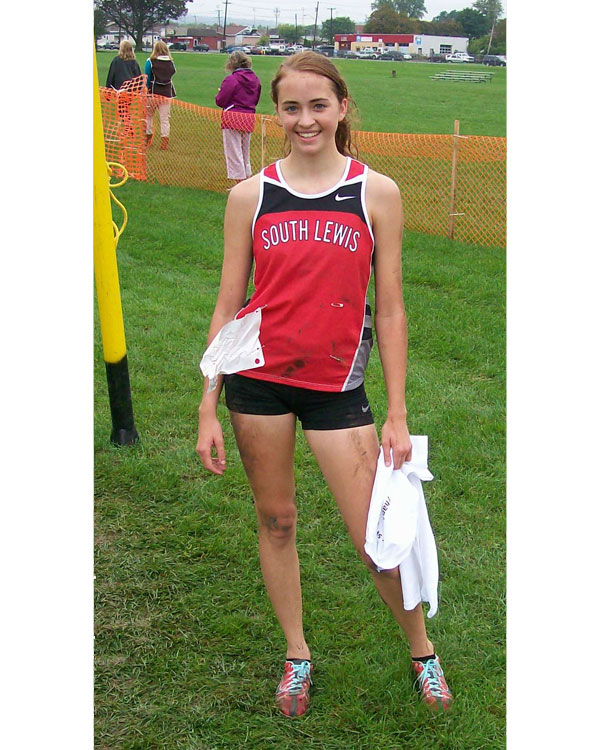 Image of the Dave D'Alessandro Girls Varsity race winner Victoria Campanian from South Lewis