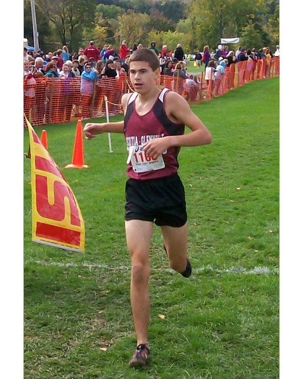 Image of the Brian Dodge Boys JV race winner Dennis Pollicino from Scotia-Glenville