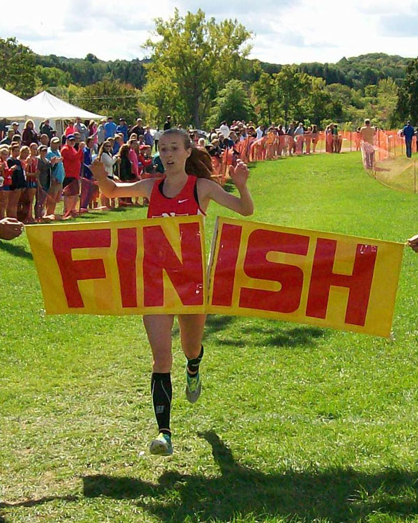 Image of the John Convertino Girls Varsity race winner Abigail Spiers from Niskayuna